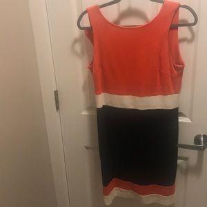 Vince Camuto dress size 6P
